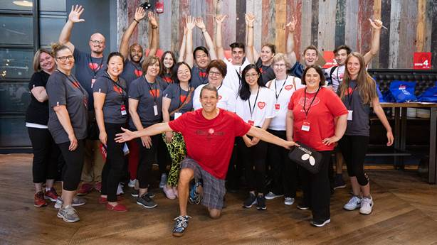 <p>Mike Kessel (centre, front) and the Heart &amp; Stroke team at Cardiac Smash 2019 in Toronto.&nbsp;</p>